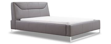 Picture of W Schillig Chiara King Bed