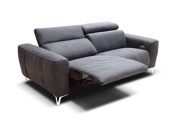 "Picture of Bracci Zeus Loveseat 74"" Reclining"
