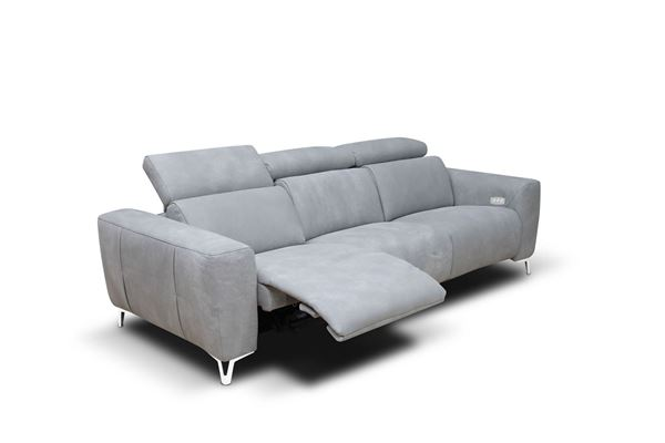 "Picture of Bracci Zeus Sofa 120"" Reclining"